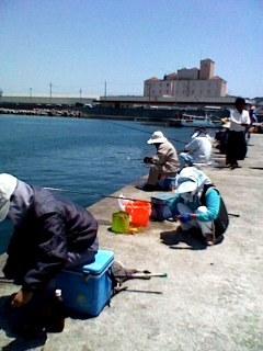 ファミリーフィッシング宜野湾漁港